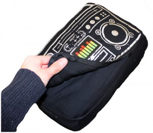 cool boom box speaker cushion for ipod iphone or mp3 media player