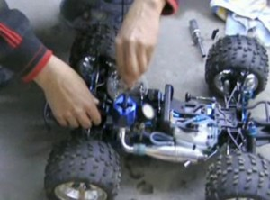 removing the glow plug from flooded redcat engine